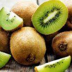 Beneficios Naturales del Sabroso Kiwi en la Piel