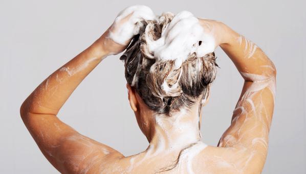 Dermatólogo ofrece los mejores tips para un cabello y cuero cabelludo sano